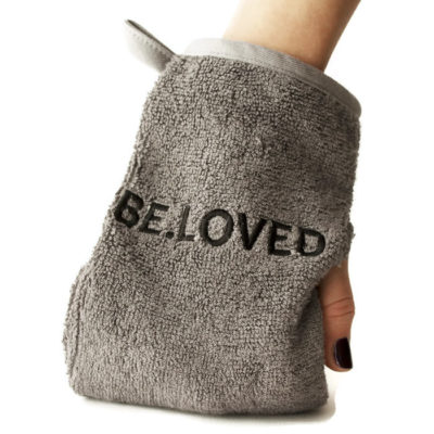 towel_on_hand_small_4059-2